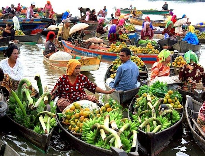 базар на реке